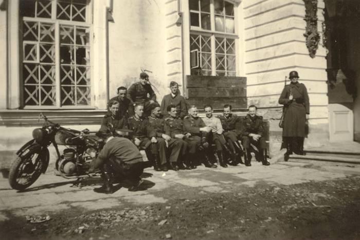 Картинки по запросу холокост под блокадным ленинградом. фото