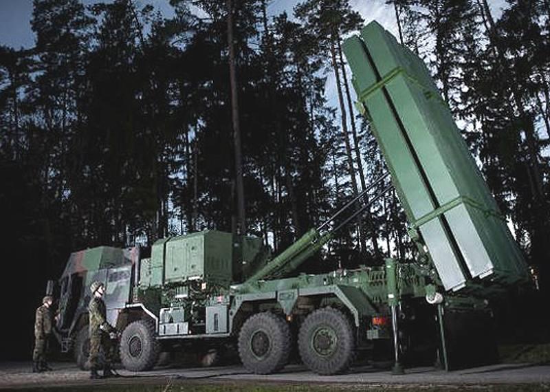 向前迈出一步。 西方防空系统与导弹防御的发展途径