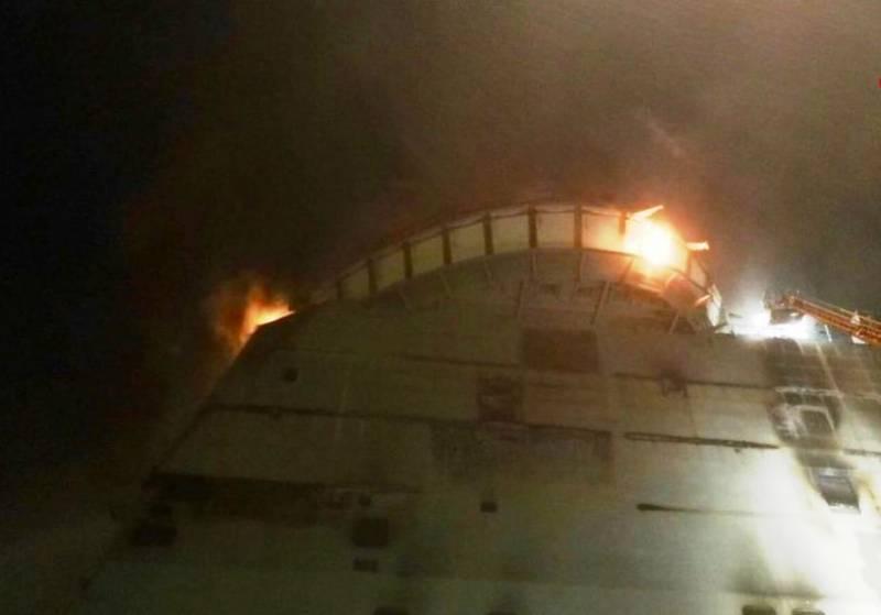 Возгорание на строящемся в Италии корабле сняли на видео