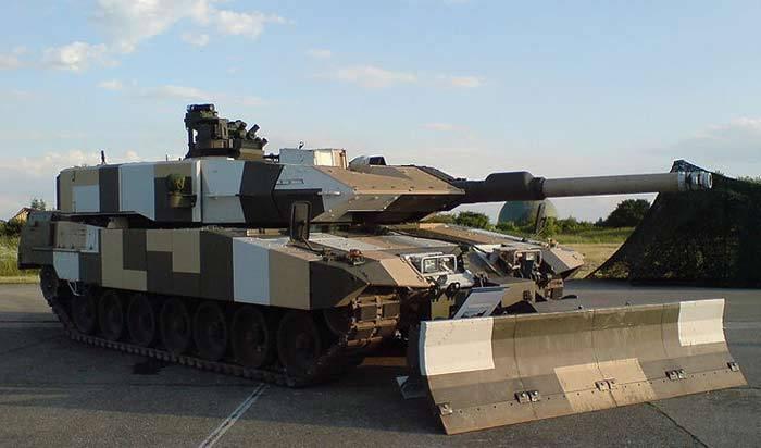 Танки. Как сделать танк невидимым для противника
