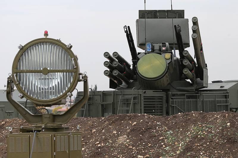 Очередные два. Российские ПВО уничтожили беспилотники в районе авиабазы