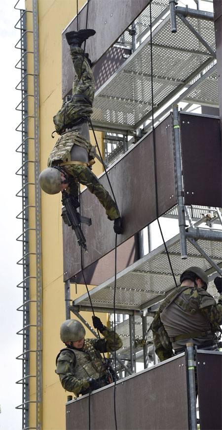 Нелёгкая судьба натовского генерала у границ РФ.
