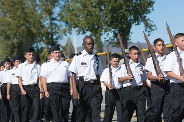 Военный парад вВашингтоне отложили до 2016-го года