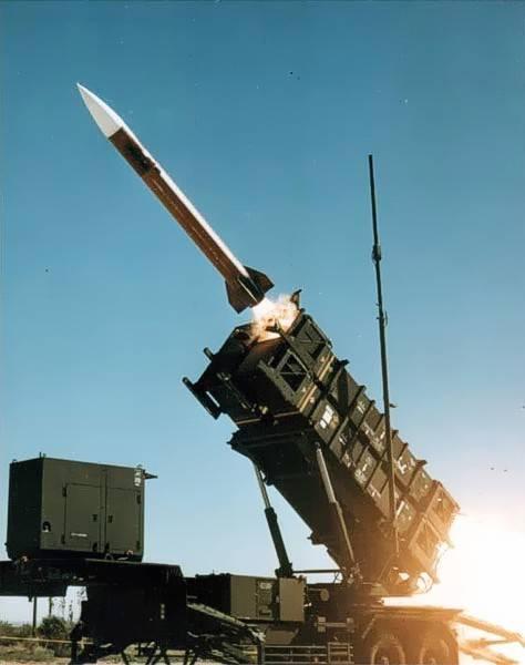 Киев собирается купить американские системы ПВО. Откуда деньги?