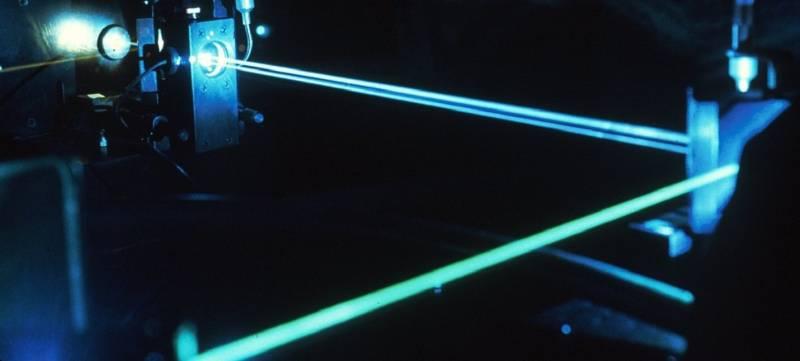 Оружие. Китайская лазерная винтовка ZKZM-500