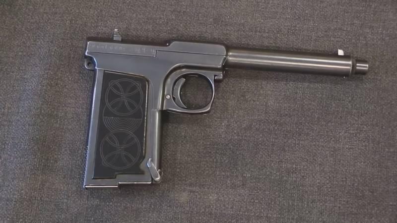 Оружие. 50 патронов в рукоятке. Самозарядный пистолет Х. Суннгорда