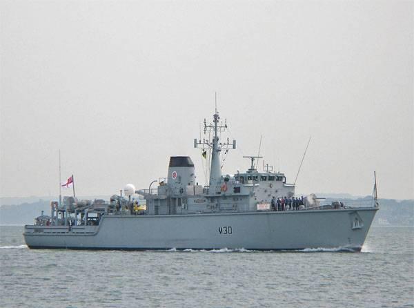 В Британии: Состояние королевских ВМС плачевное. Как и чем защищать границы?