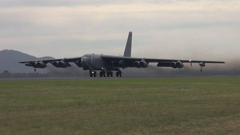 러시아 또는 시리아 때문에? 미국은 두 명의 전략가 B-52H를 유럽으로 이관했다.