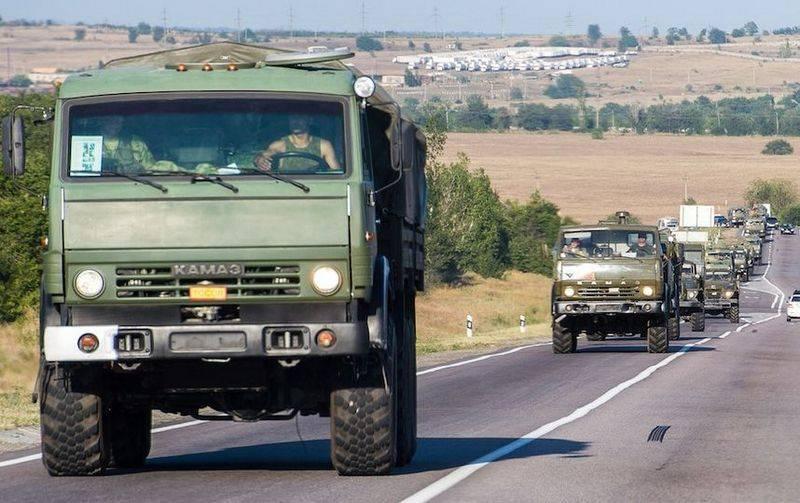 Опять батарейки сели? Украина обвинила Россию в переброске военной техники