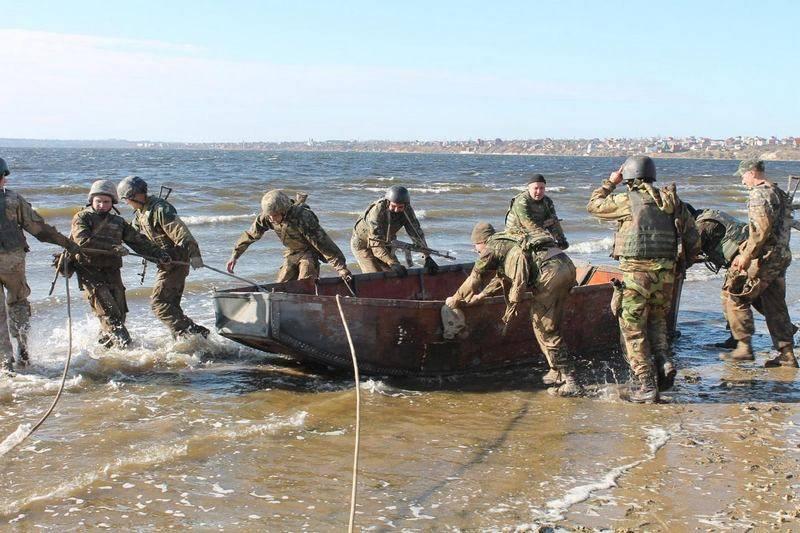 В помощь прикордонникам. На Азов перебрасывается морской спецназ ВМСУ