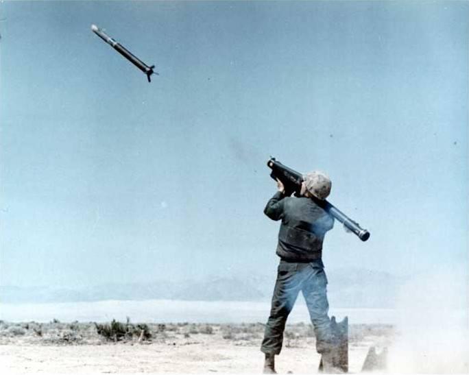 """""""मैनुअल"""" वायु रक्षा प्रणाली। 2 का हिस्सा। MANPADS FIM-43 Redeye"""