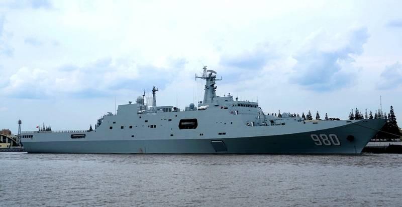 ВМС Китая получили пятый УДК проекта 071. Ещё два строятся