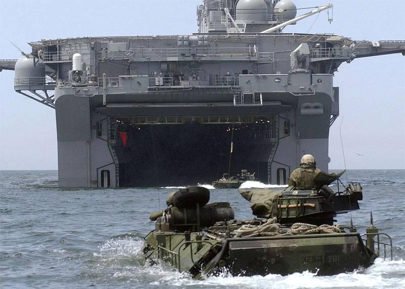 Aux Etats-Unis: le Marine Corps tue la modernisation d'un amphibie amphibie