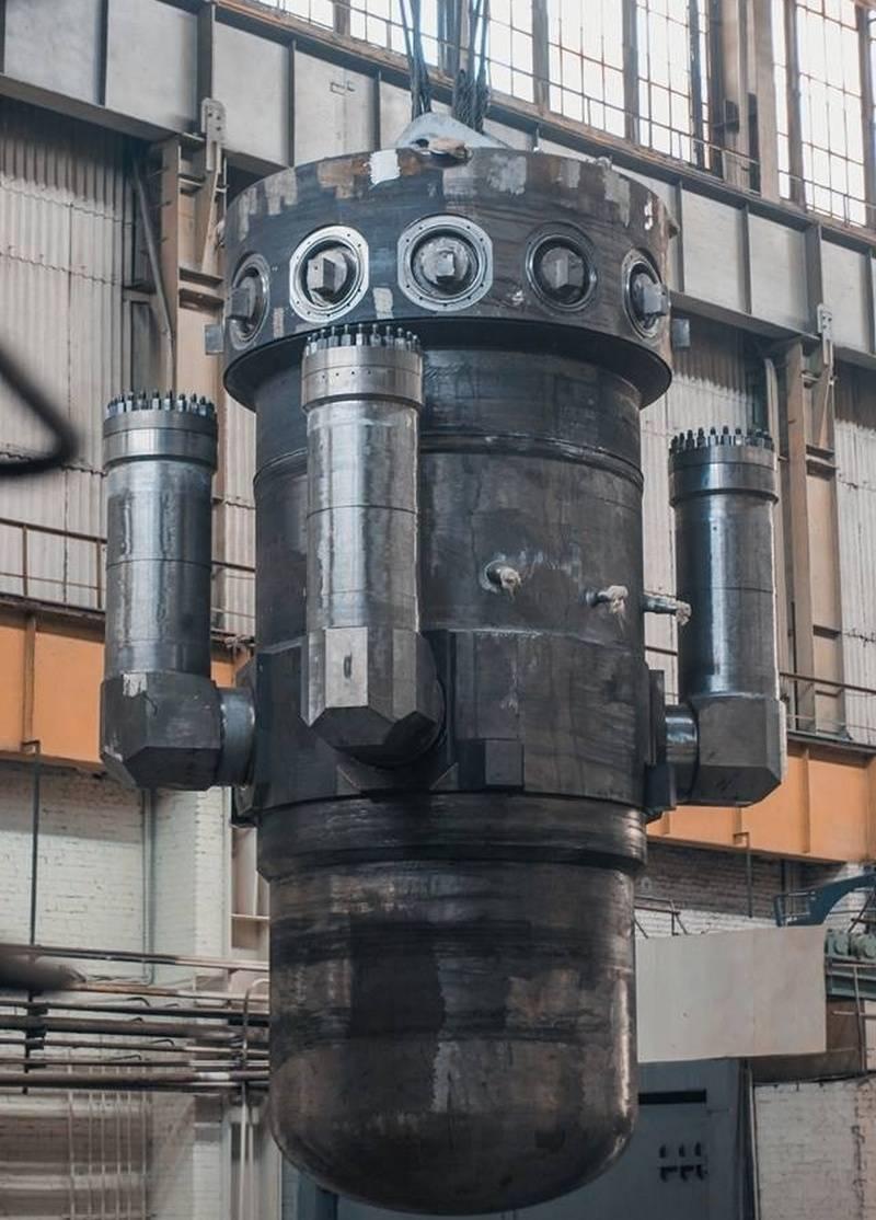 """Росатом передал первый реактор для ледокола """"Урал"""". Второй - на подходе"""