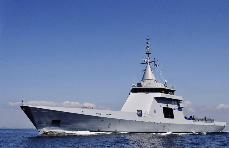 Франция собирается продать Азербайджану боевые корабли