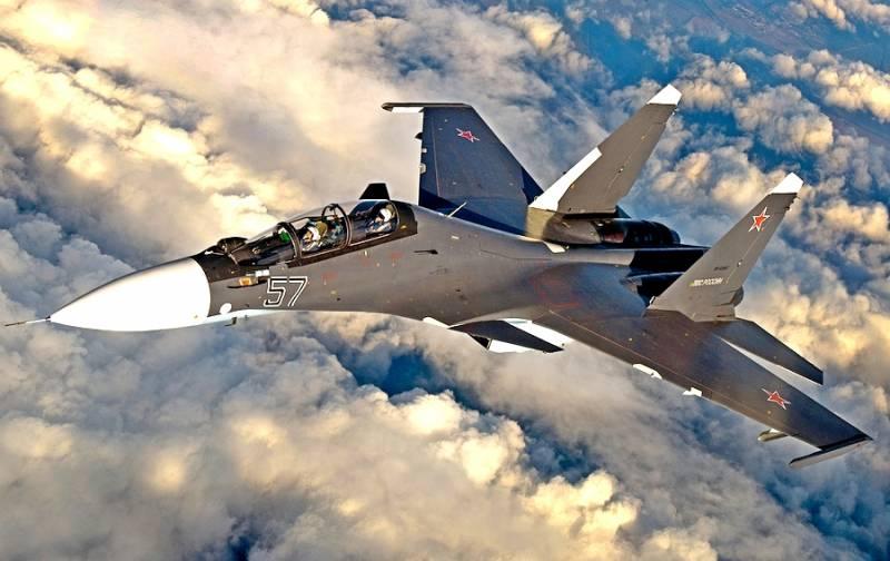 Повелитель воздуха: на что способен истребитель Су-30СМ