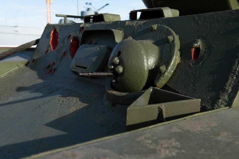 Танки. В Музее военной техники УГМК появился танк-«призрак»