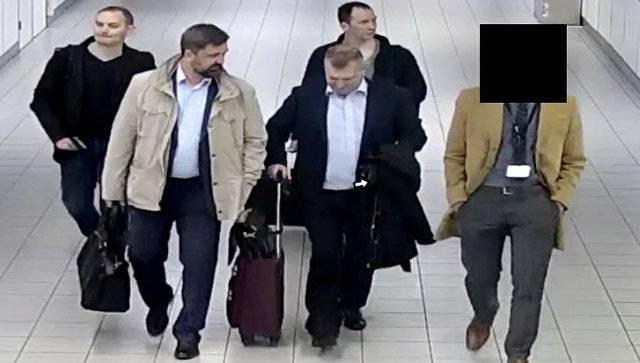 США: Эта семёрка русских разведчиков взламывала всё - от FIFA до Westinghouse