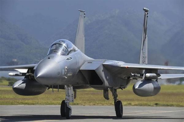 На Украину перебросили самолёты ВВС США. Киев ждёт F-35