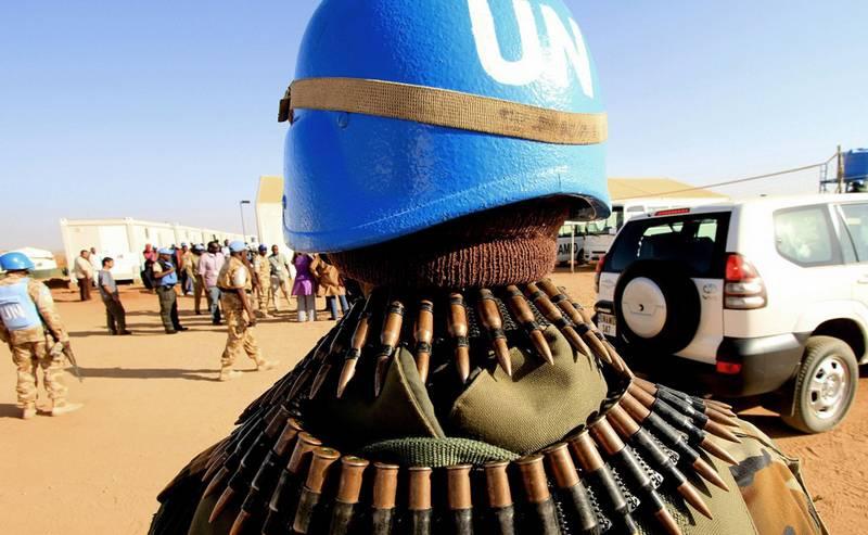 Экс-командор США: Украина зря надеется на миротворцев ООН, они - никто