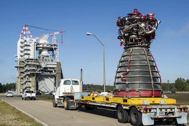SLS Heavyweight. American astronauts rush to Mars. Part of 2