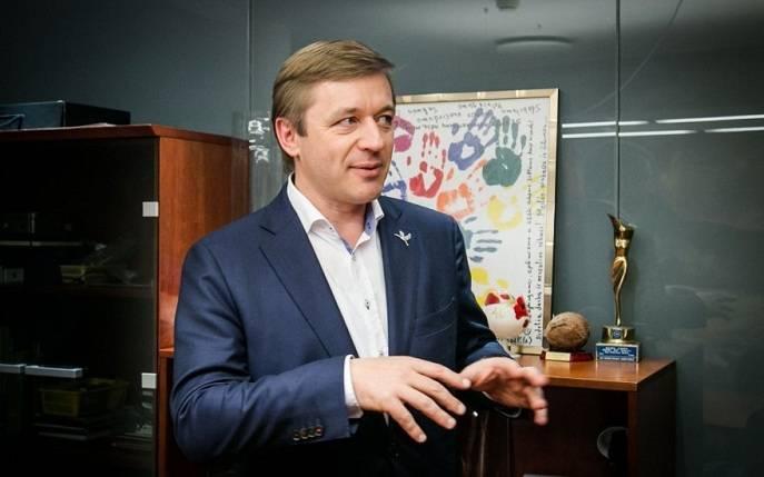 https://topwar.ru/uploads/posts/2018-10/1540369166_ramunas-karbauskis-72645484.jpg