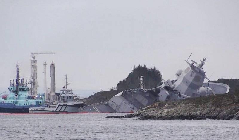 Уберегов Норвегии фрегат столкнулся станкером, есть пострадавшие