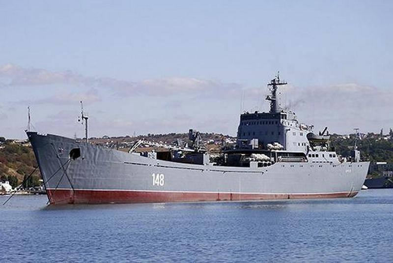 """BDK""""Orsk""""经过博斯普鲁斯海峡并进入地中海"""