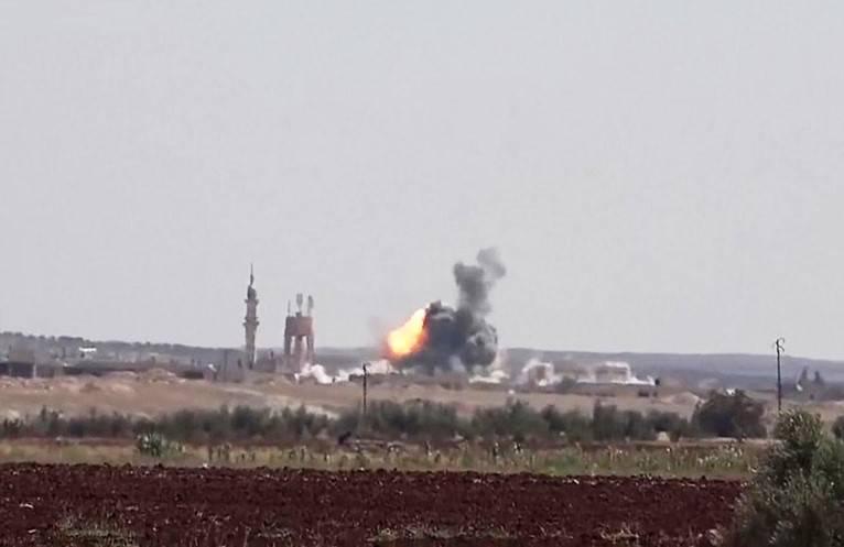 При ударе коалиции погибли иполучили ранения неменее 60 сирийцев