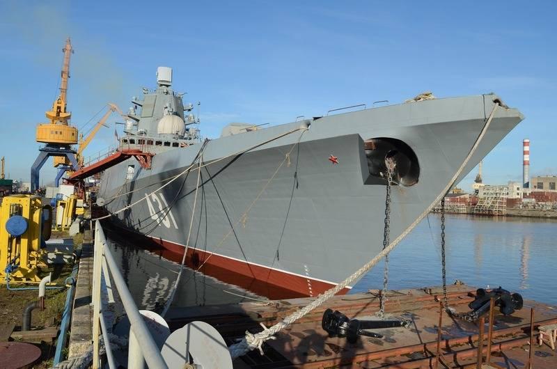 """La fragata """"Almirante de la flota de Kasatons"""" está lista para pruebas de ejecución de fábrica"""