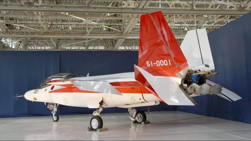 Японские истребители пятого поколения Mitsubishi X-2 Shinshin
