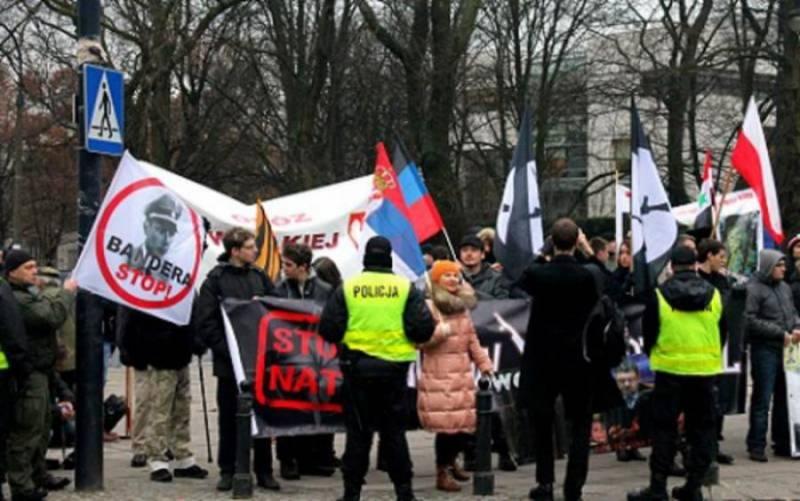 Кто и зачем готов расчленить Украину?
