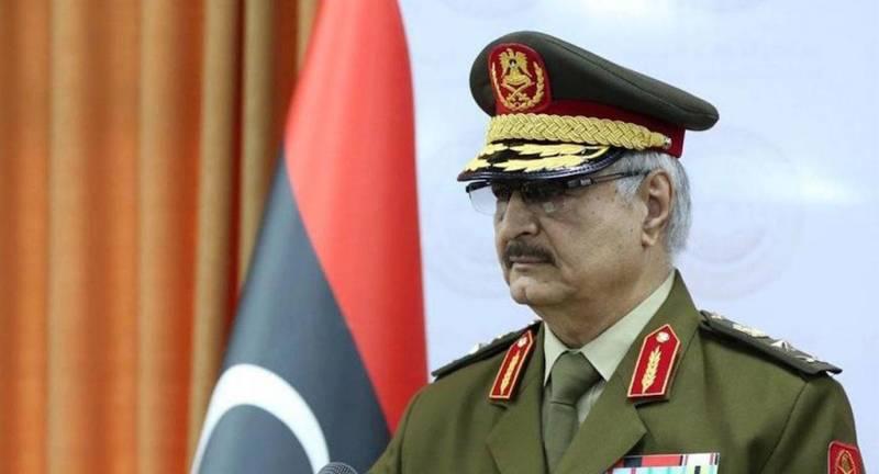 Зачем Россия поддерживает фельдмаршала Хафтара?