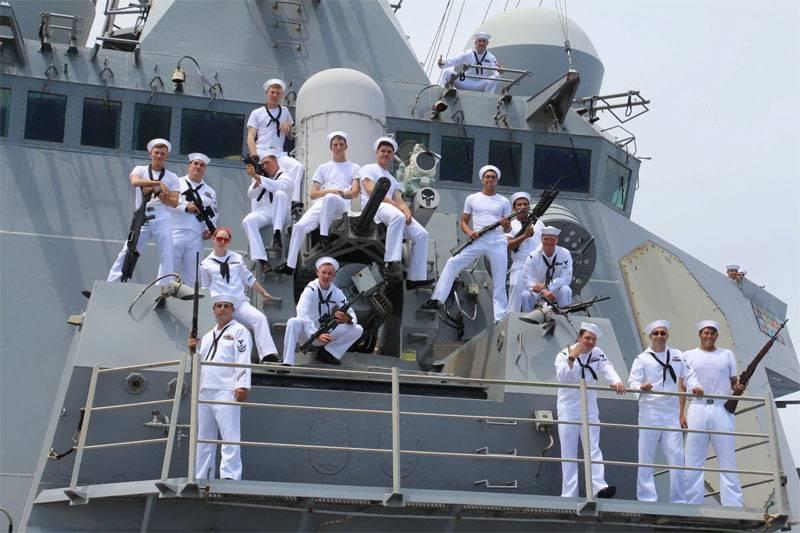 Американский дипломат объяснил, почему флоту США не нужно идти в Азовское море