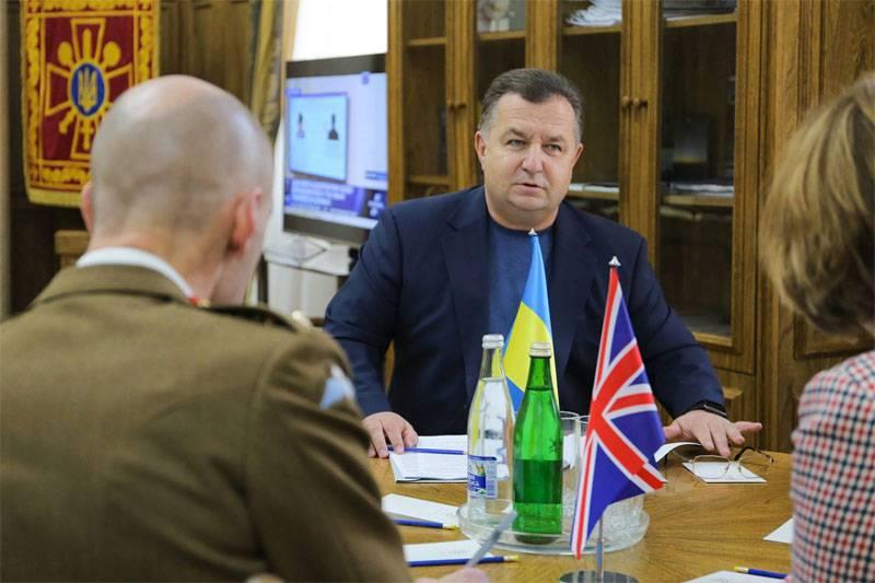 Полторак рассказал об угрозе полномасштабной войны с Россией
