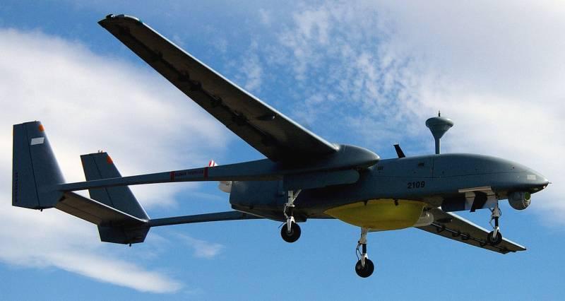Vietnã compra Heron 1 drones israelenses de estatura média