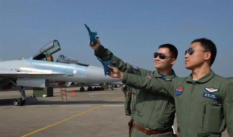 СМИ КНР: Китайские лётчики впечатлены возможностями Су-35