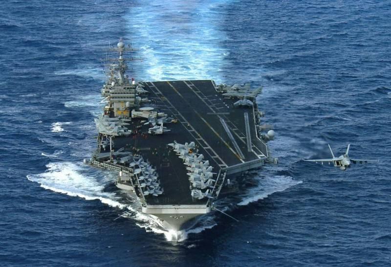Авианосная группа ВМС США прибыла в район Персидского залива