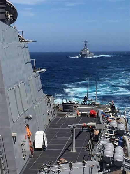 """Украинский адмирал: США нужно направить в Чёрное море эсминцы """"Арли Бёрк"""""""