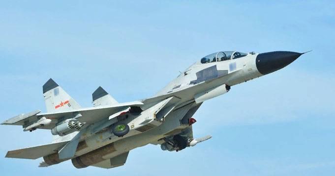 """СМИ КНР рассказали, как китайские копии Су-27 крутили """"бочку"""" близ """"Посейдона"""""""