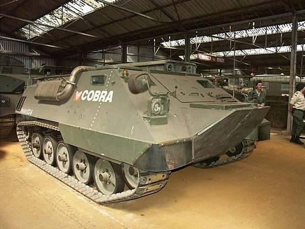 Transport de troupe blindé ACEC Cobra (Belgique)
