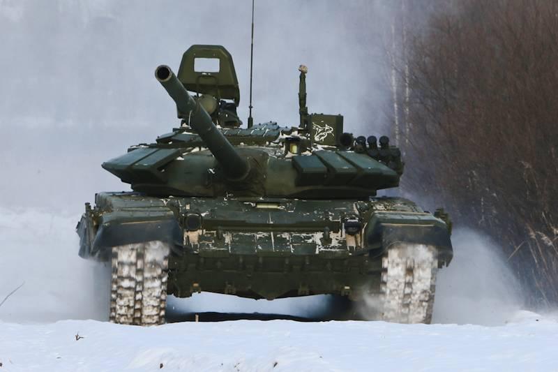 Партия модернизированных танков Т-72Б3 поступила в общевойсковую армию ЗВО