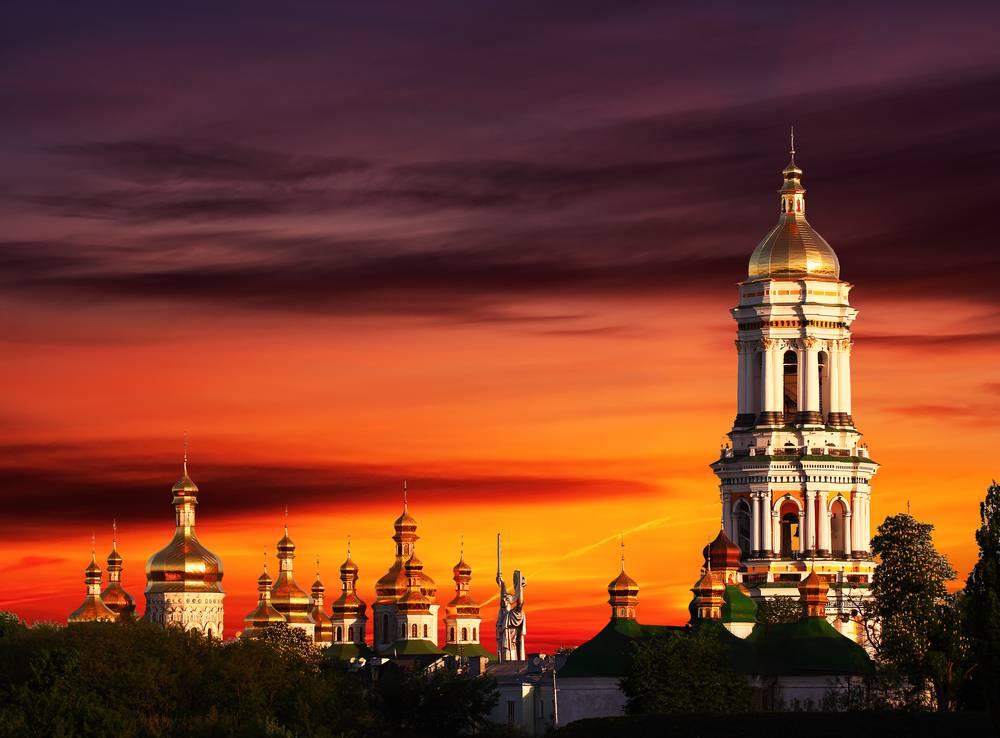 Украина – поле битвы двух цивилизаций