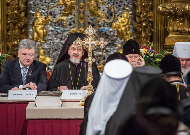 Порошенко: Новая церковь Украины - церковь без Путина