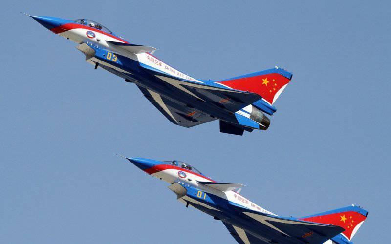 """El general canadiense se quejó del """"vocabulario inaceptable"""" de los pilotos chinos"""