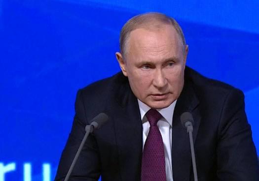 Se le preguntó a Putin sobre la posibilidad de la restauración del socialismo en Rusia.