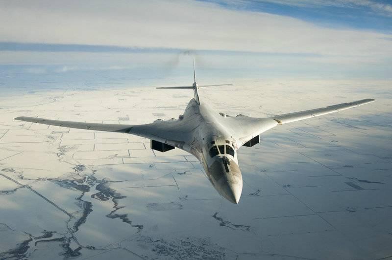 카잔에서는 Tu-160 신축 공사의 첫 번째 샘플을 조립하기 시작했습니다.