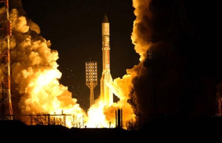 प्रोटॉन-एम एक सैन्य उपग्रह के साथ बैकोनूर से लॉन्च किया गया