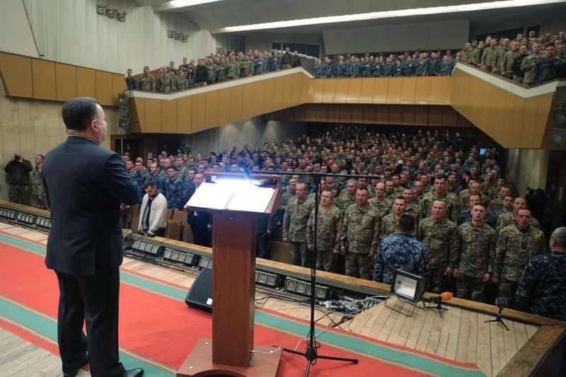 Полторак: НаАзовском море построят базу ВМС