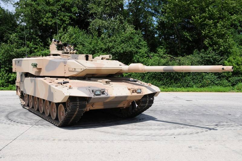Hungary buys German Leopard 2A7 + to replace Soviet T-72М / М1